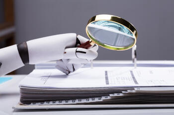 Robot magnifying glass
